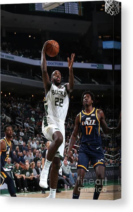 Nba Pro Basketball Canvas Print featuring the photograph Utah Jazz V Milwaukee Bucks by Gary Dineen