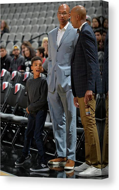 Nba Pro Basketball Canvas Print featuring the photograph Bruce Bowen and Monty Williams by Mark Sobhani