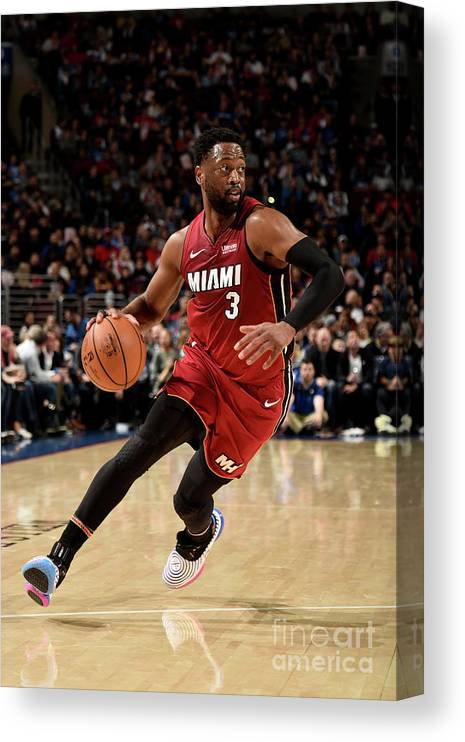 Nba Pro Basketball Canvas Print featuring the photograph Dwyane Wade by David Dow