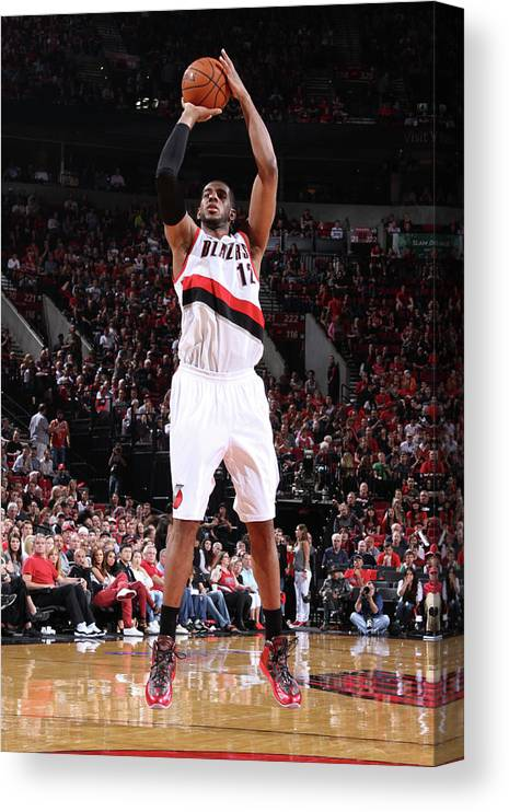 Playoffs Canvas Print featuring the photograph Lamarcus Aldridge by Sam Forencich