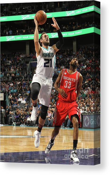 Nba Pro Basketball Canvas Print featuring the photograph Marco Belinelli by Brock Williams-smith