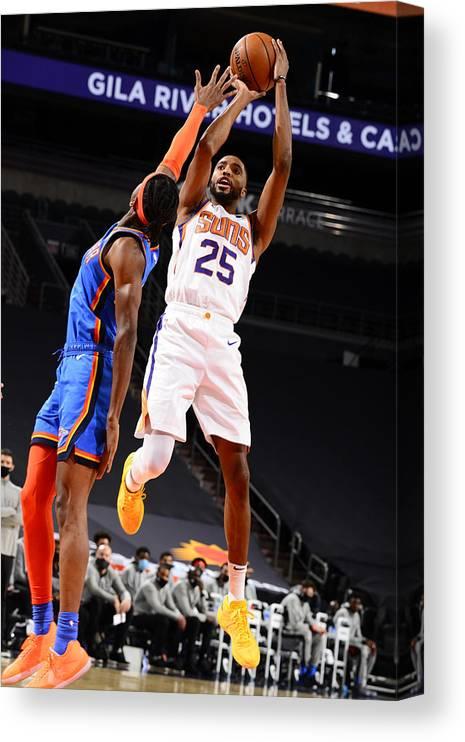 Nba Pro Basketball Canvas Print featuring the photograph Oklahoma City Thunder v Phoenix Suns by Barry Gossage