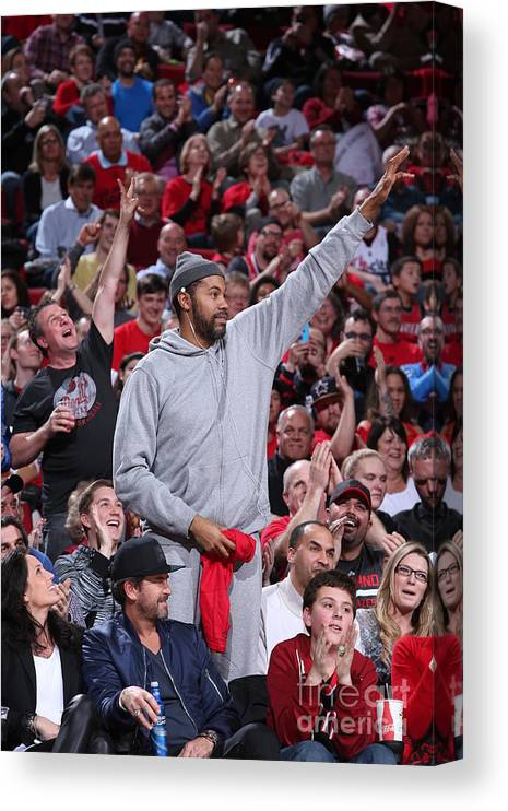 Nba Pro Basketball Canvas Print featuring the photograph Rasheed Wallace by Sam Forencich