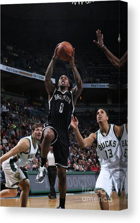 Nba Pro Basketball Canvas Print featuring the photograph Sean Kilpatrick by Gary Dineen