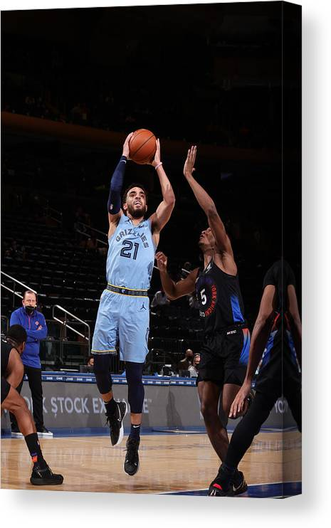 Nba Pro Basketball Canvas Print featuring the photograph Tyus Jones by Nathaniel S. Butler