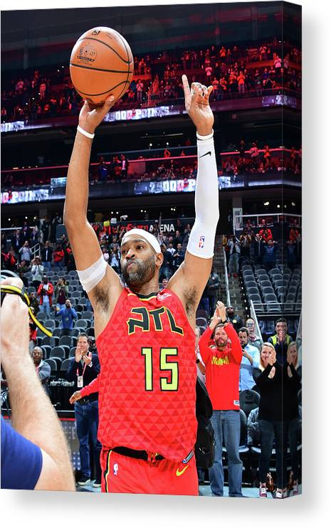 Atlanta Canvas Print featuring the photograph Vince Carter by Scott Cunningham