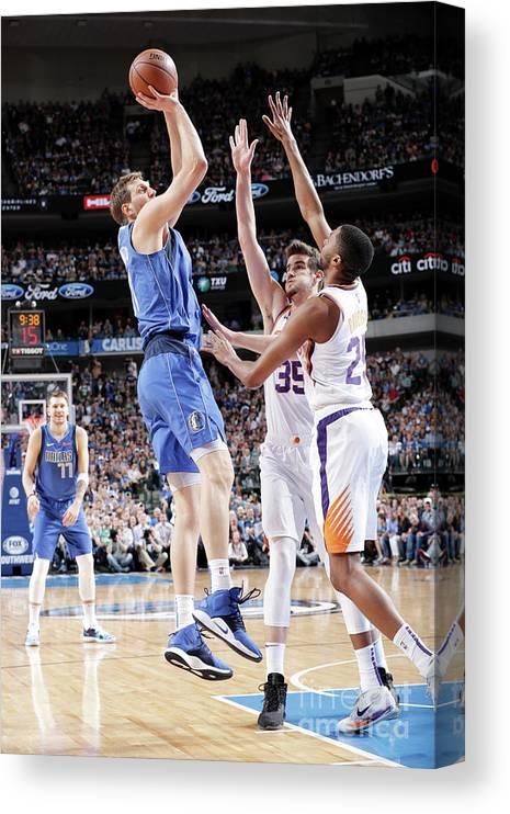 Nba Pro Basketball Canvas Print featuring the photograph Dirk Nowitzki by Glenn James