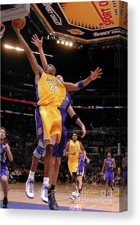 Nba Pro Basketball Canvas Print featuring the photograph Kobe Bryant by Noah Graham