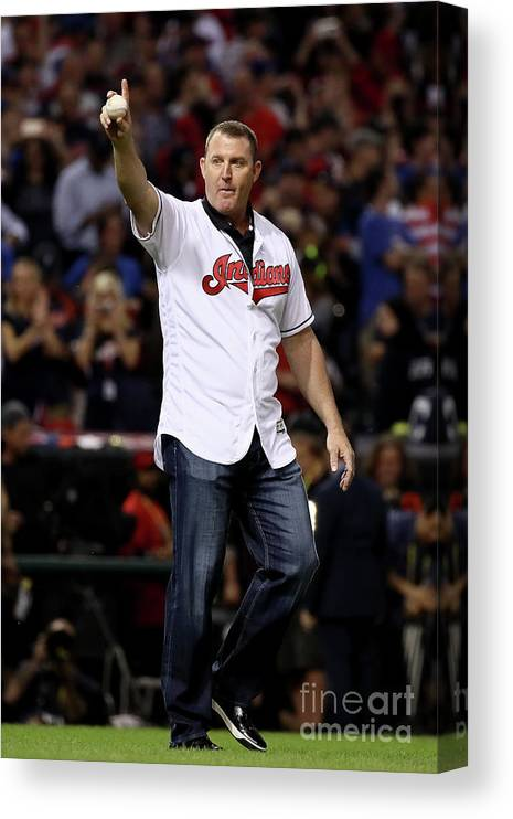 People Canvas Print featuring the photograph Jim Thome by Ezra Shaw
