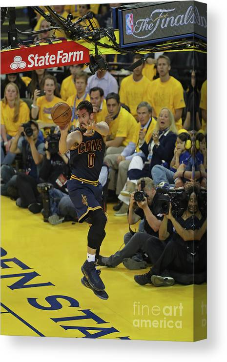 Playoffs Canvas Print featuring the photograph Kevin Love by Joe Murphy
