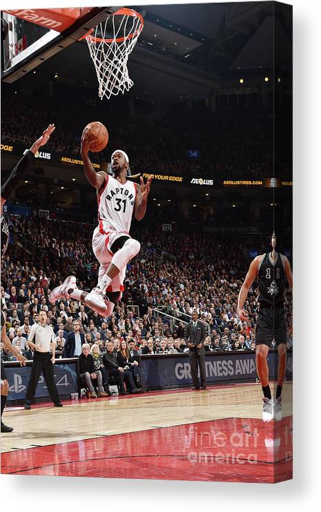 Nba Pro Basketball Canvas Print featuring the photograph Terrence Ross by Ron Turenne