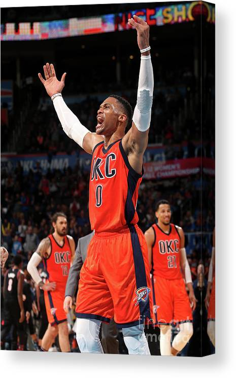 Crowd Canvas Print featuring the photograph Russell Westbrook by Layne Murdoch