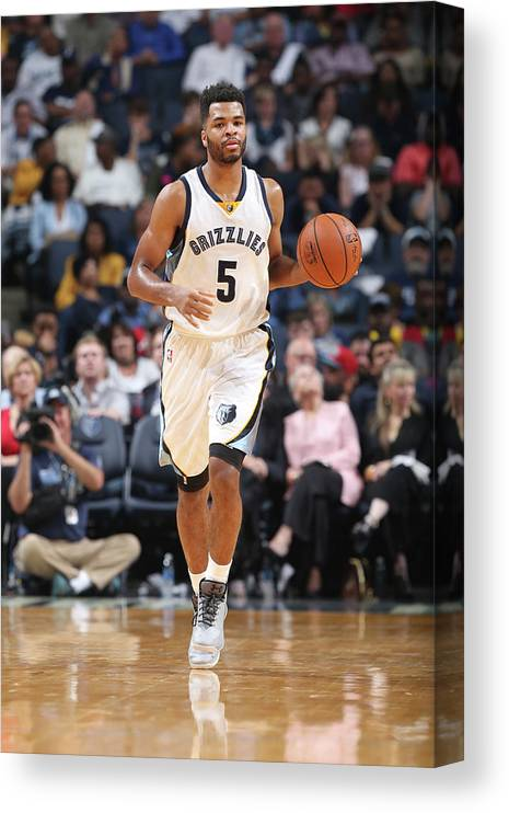 Nba Pro Basketball Canvas Print featuring the photograph Andrew Harrison by Joe Murphy