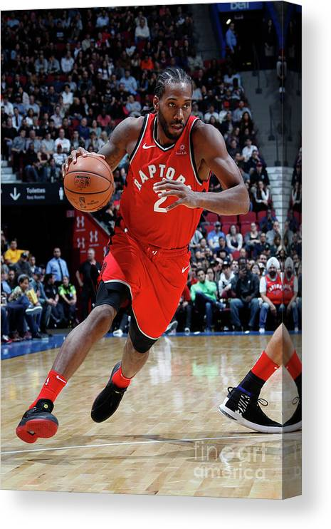 Nba Pro Basketball Canvas Print featuring the photograph Kawhi Leonard by Mark Blinch
