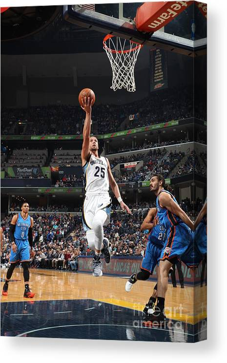 Nba Pro Basketball Canvas Print featuring the photograph Chandler Parsons by Joe Murphy