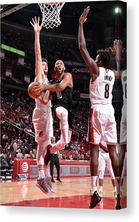 Nba Pro Basketball Canvas Print featuring the photograph Eric Gordon by Bill Baptist