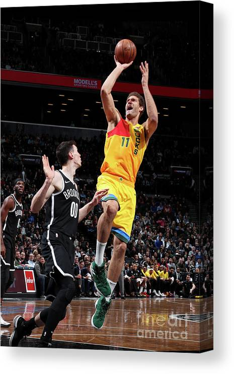 Nba Pro Basketball Canvas Print featuring the photograph Brook Lopez by Nathaniel S. Butler