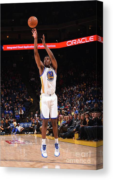 Nba Pro Basketball Canvas Print featuring the photograph Kevon Looney by Noah Graham
