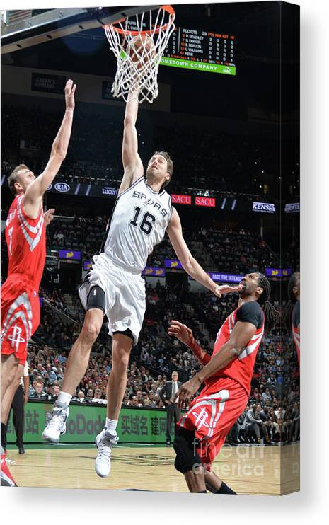 Nba Pro Basketball Canvas Print featuring the photograph Pau Gasol by Mark Sobhani