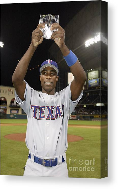 Alfonso Soriano Canvas Print featuring the photograph Alfonso Soriano by Rich Pilling