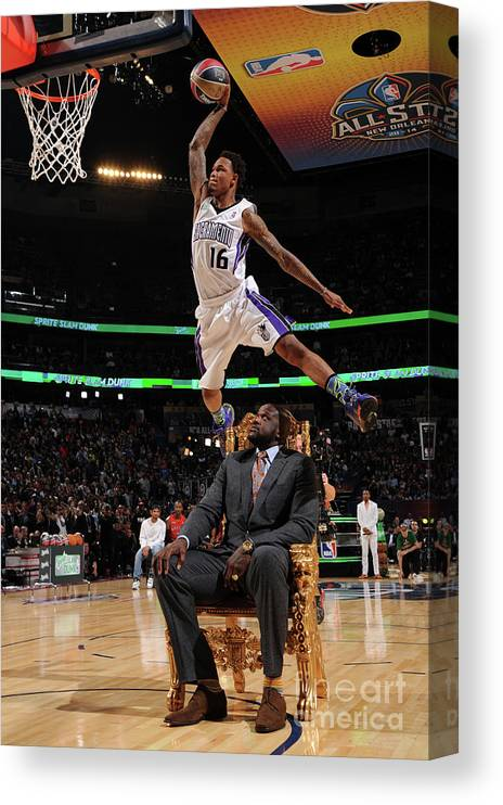 Smoothie King Center Canvas Print featuring the photograph Ben Mclemore and Shaquille O'neal by Andrew D. Bernstein