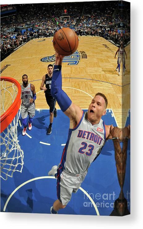 Nba Pro Basketball Canvas Print featuring the photograph Blake Griffin by Fernando Medina