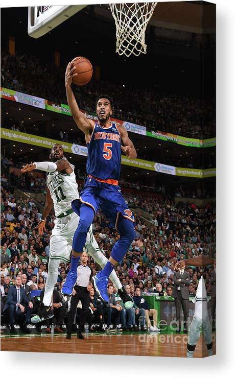 Nba Pro Basketball Canvas Print featuring the photograph Courtney Lee by Brian Babineau