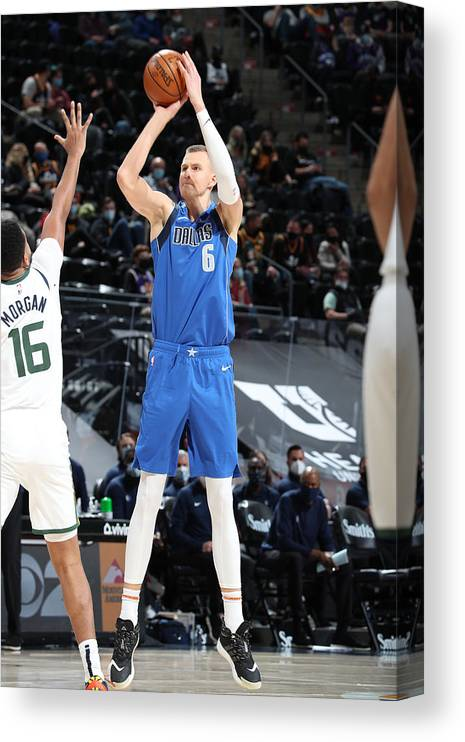 Nba Pro Basketball Canvas Print featuring the photograph Dallas Mavericks v Utah Jazz by Melissa Majchrzak