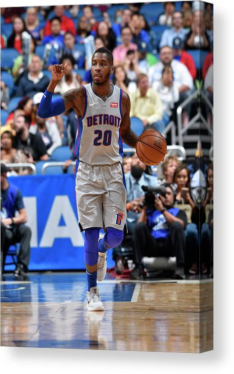 Nba Pro Basketball Canvas Print featuring the photograph Dwight Buycks by Fernando Medina