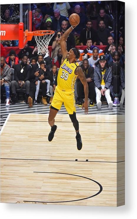 Nba Pro Basketball Canvas Print featuring the photograph Dwight Howard by Bill Baptist