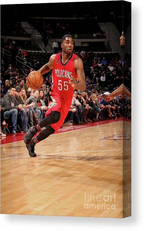 Nba Pro Basketball Canvas Print featuring the photograph E'twaun Moore by Brian Sevald