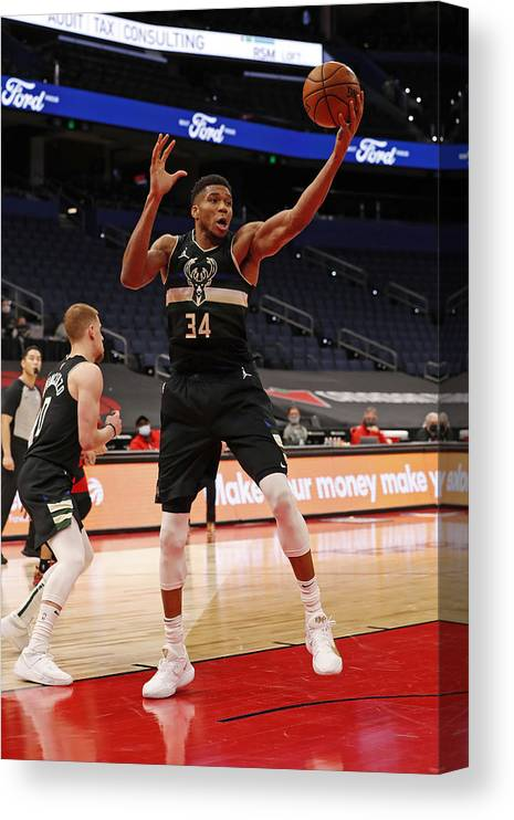 Nba Pro Basketball Canvas Print featuring the photograph Giannis Antetokounmpo by Scott Audette