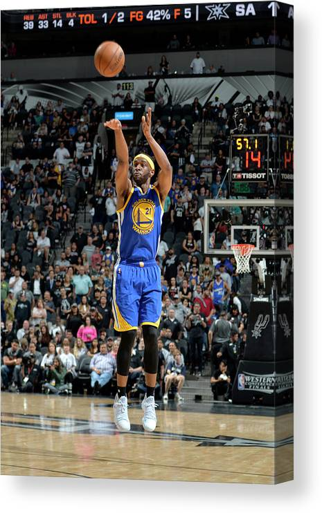 Nba Pro Basketball Canvas Print featuring the photograph Ian Clark by Mark Sobhani
