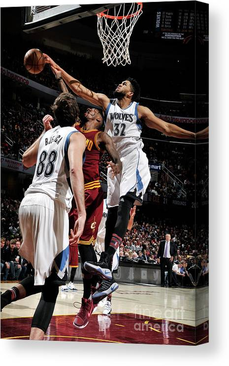 Nba Pro Basketball Canvas Print featuring the photograph Iman Shumpert by David Liam Kyle
