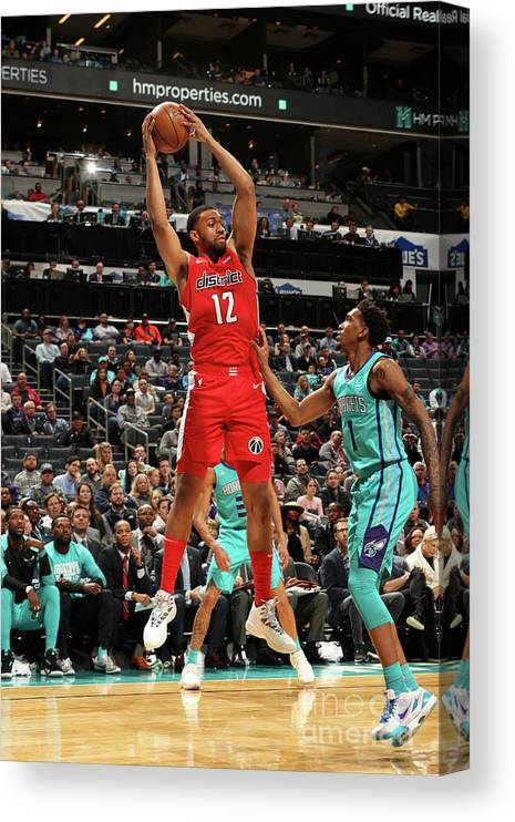 Nba Pro Basketball Canvas Print featuring the photograph Jabari Parker by Kent Smith