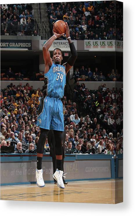 Nba Pro Basketball Canvas Print featuring the photograph Jeff Green by Ron Hoskins