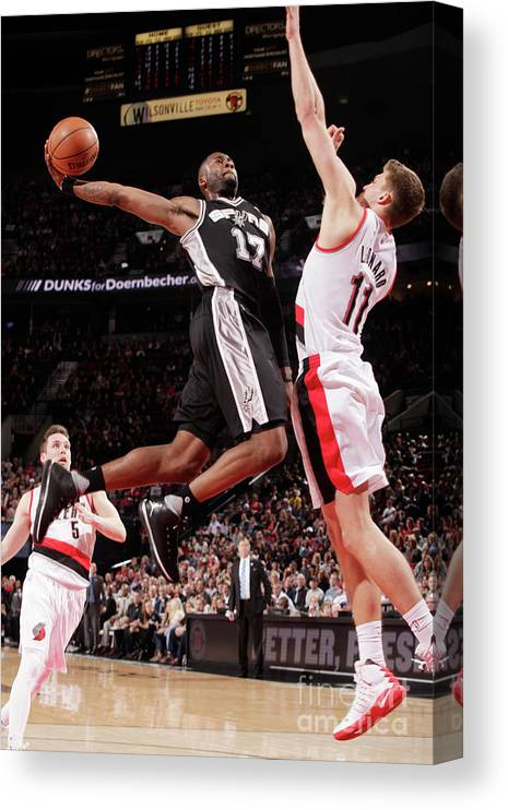 Nba Pro Basketball Canvas Print featuring the photograph Jonathon Simmons by Cameron Browne