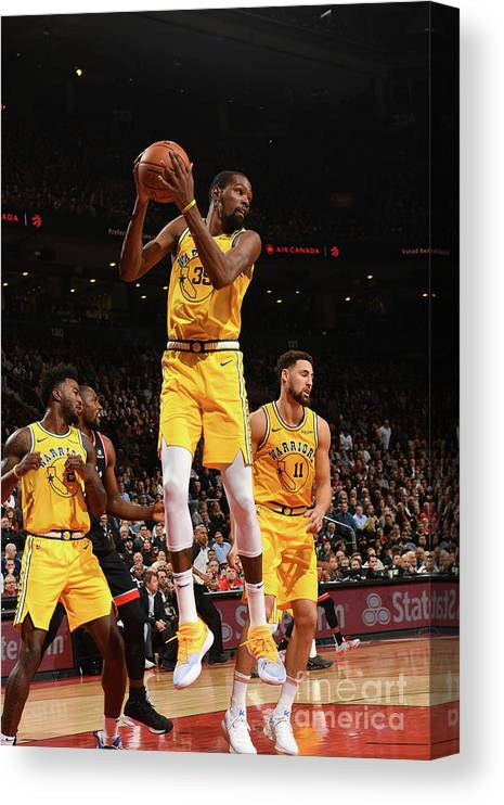 Nba Pro Basketball Canvas Print featuring the photograph Kevin Durant by Ron Turenne