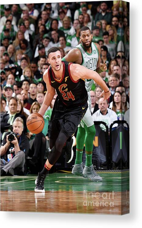 Nba Pro Basketball Canvas Print featuring the photograph Larry Nance by Brian Babineau