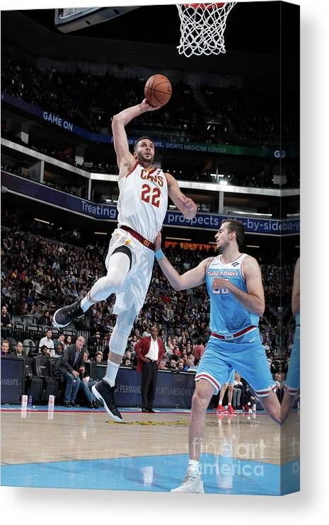 Nba Pro Basketball Canvas Print featuring the photograph Larry Nance by Rocky Widner