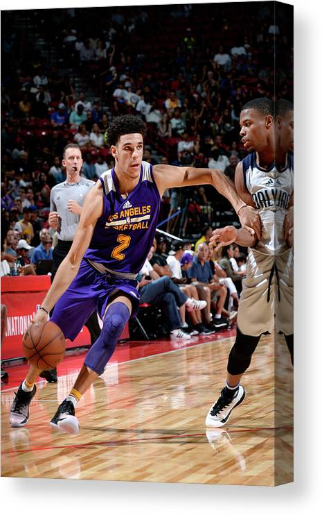 Nba Pro Basketball Canvas Print featuring the photograph Lonzo Ball by David Dow