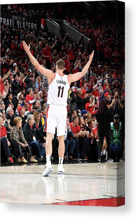 Meyers Leonard Canvas Print featuring the photograph Meyers Leonard by Andrew D. Bernstein