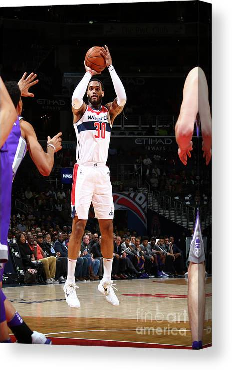 Nba Pro Basketball Canvas Print featuring the photograph Mike Scott by Ned Dishman