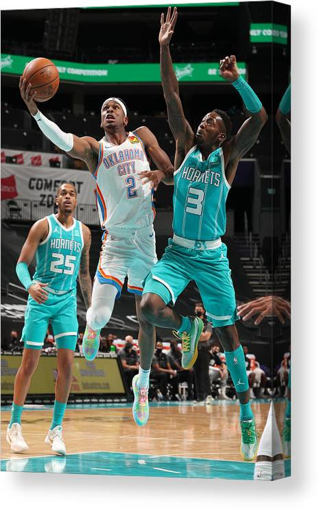 Nba Pro Basketball Canvas Print featuring the photograph Oklahoma City Thunder v Charlotte Hornets by Kent Smith