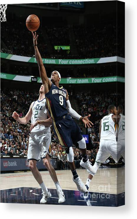 Nba Pro Basketball Canvas Print featuring the photograph Rajon Rondo by Melissa Majchrzak