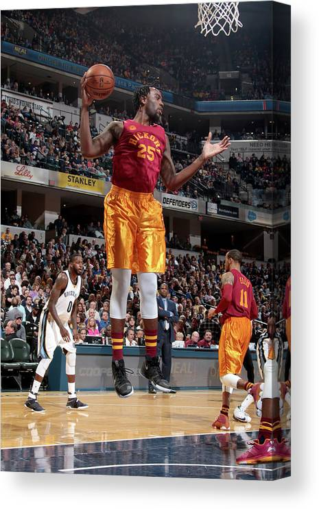 Nba Pro Basketball Canvas Print featuring the photograph Rakeem Christmas by Ron Hoskins