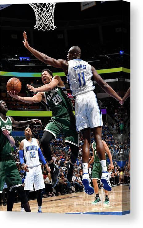Nba Pro Basketball Canvas Print featuring the photograph Rashad Vaughn by Fernando Medina
