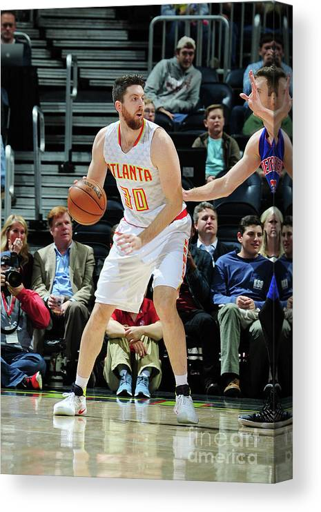 Atlanta Canvas Print featuring the photograph Ryan Kelly by Scott Cunningham