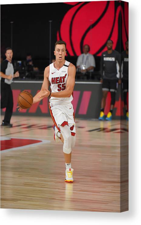 Nba Pro Basketball Canvas Print featuring the photograph Sacramenro Kings v Miami Heat by Bill Baptist