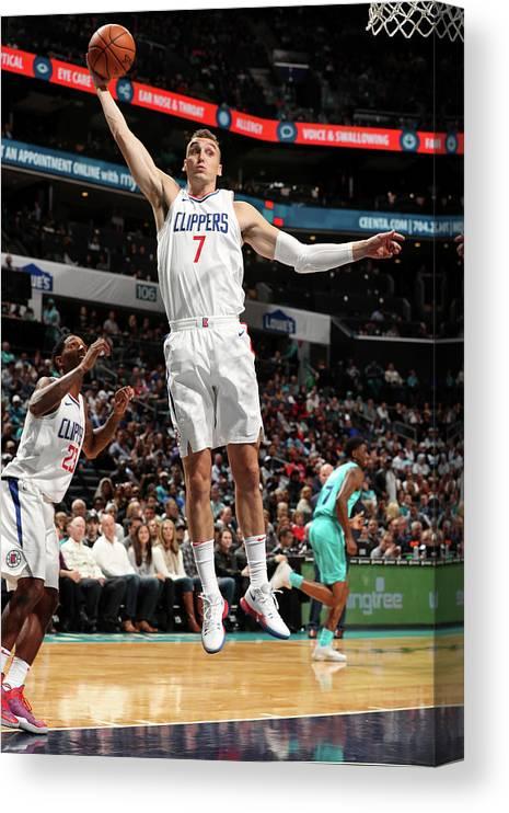Nba Pro Basketball Canvas Print featuring the photograph Sam Dekker by Kent Smith